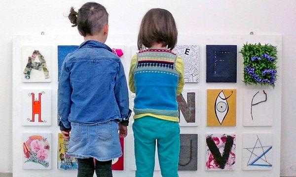 Bambine al museo