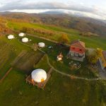 Yurta camp in provincia di Parma